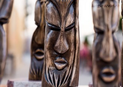Totemic Sculpture – Looking Into One's Soul