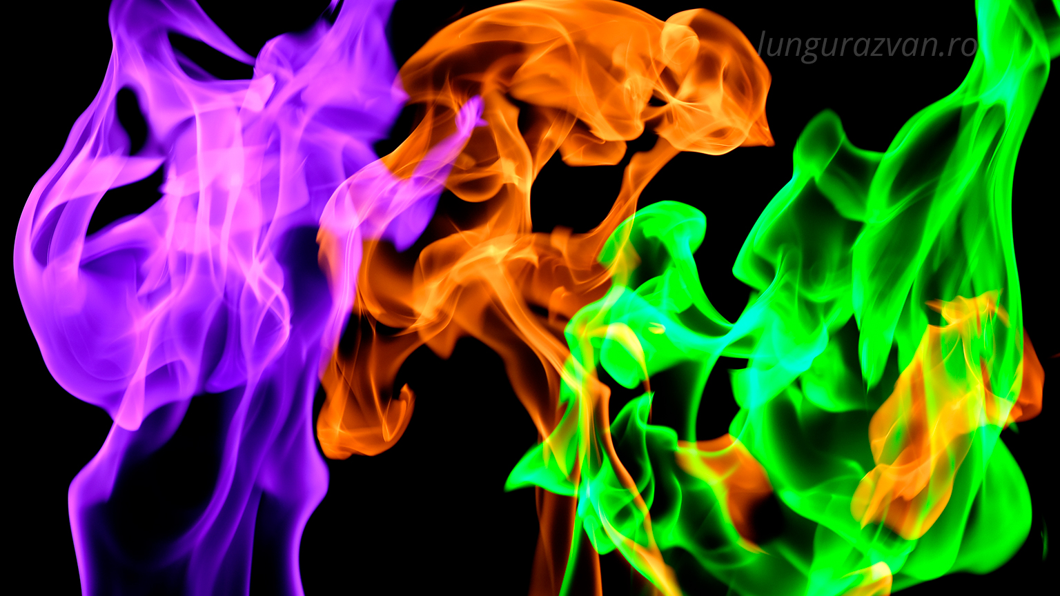 Colored smoke with 3 different colors